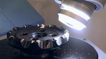 ロボット型三次元測定機